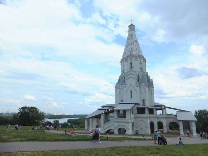 まるでロケット!「コローメンスコエのヴォズネセニエ教会」