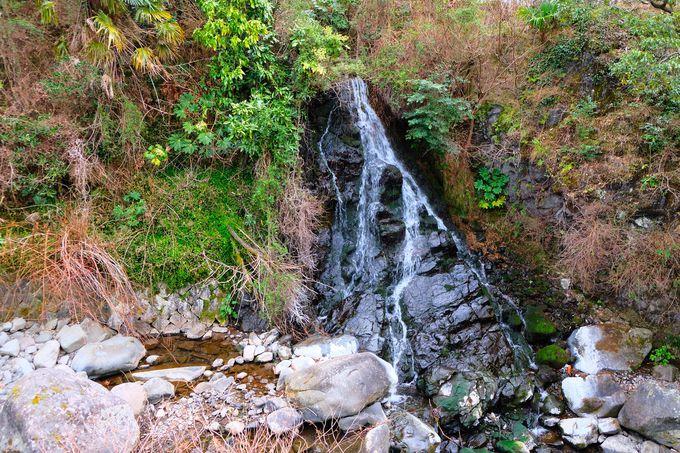 こんなところに!?「だるま滝」&「五段の滝」