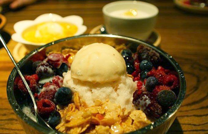 韓国で人気のかき氷が食べられる「雪のはな」「流れる千年」