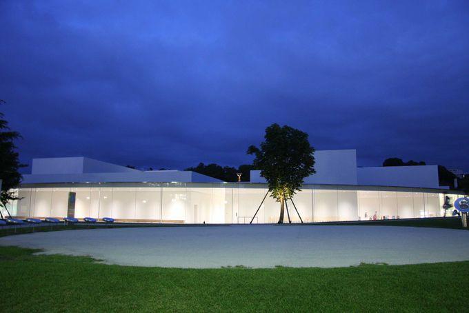 大人も子供も楽しめる芸術の楽園「金沢21世紀美術館」