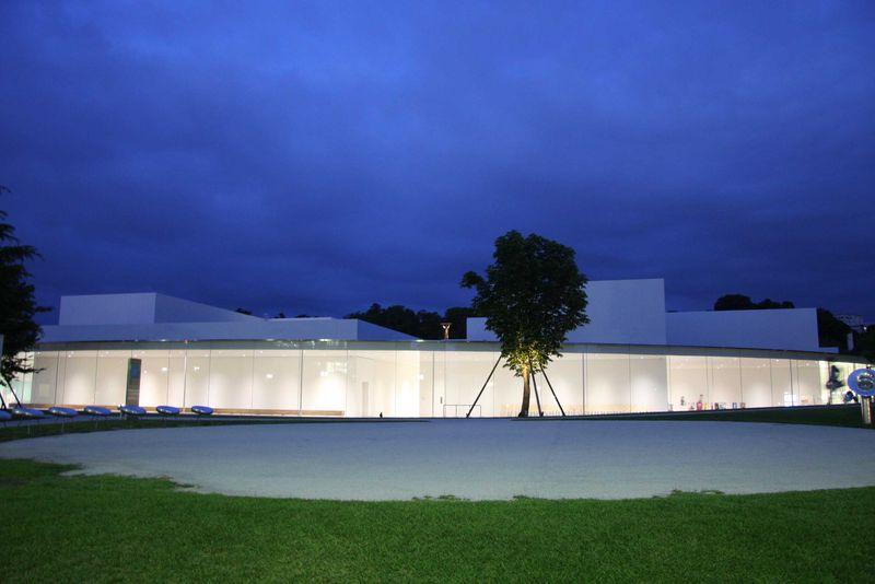金沢 21 世紀 美術館