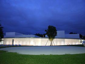 現代アートの宝庫 金沢21世紀美術館を無料で楽しんでしまおう!