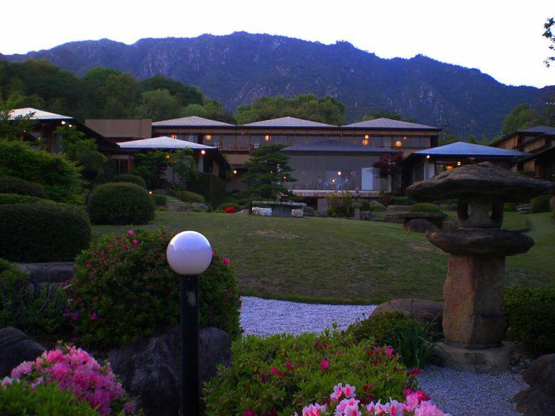 世界遺産や大自然の絶景が堪能できる!広島県のおすすめ温泉地8選