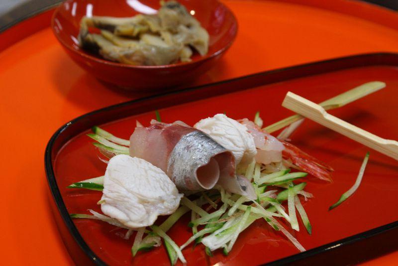 輪島の朝市は食べ歩きが楽しい!外せない食べ歩きフードベスト5