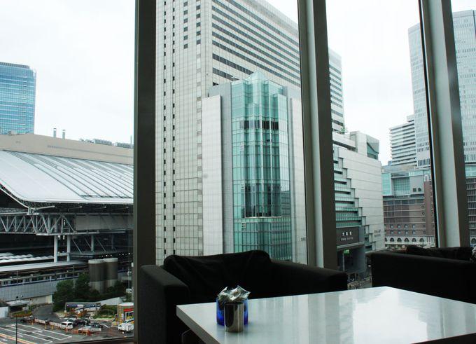 ヒルトンプラザウエスト6階のグランカフェ