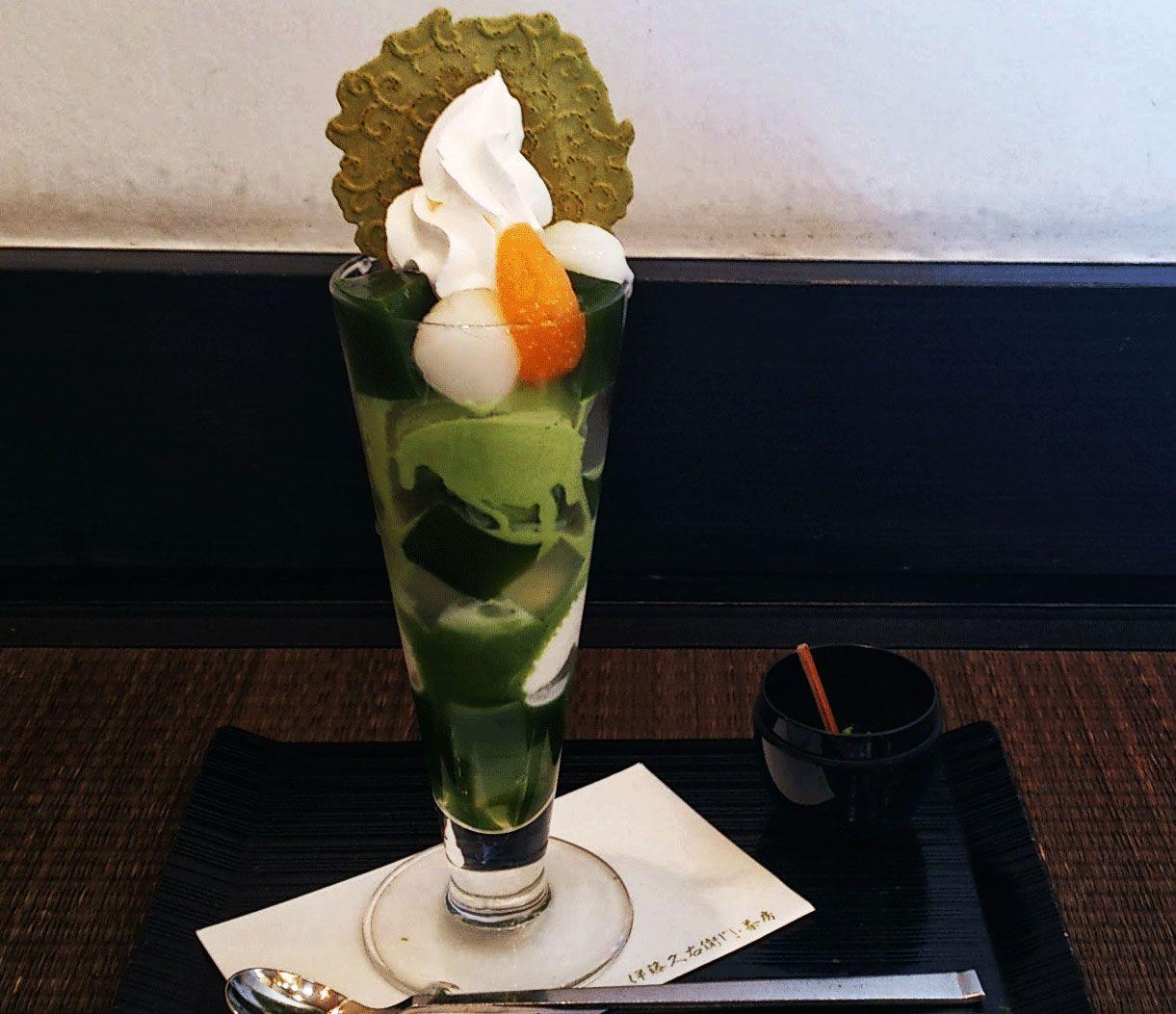 京都・宇治にしかない伊藤久右衛門の茶房で抹茶パフェ