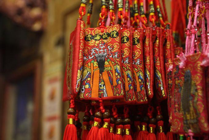 1.レトロな街、迪化街にある恋愛の神様「霞海城隍廟」