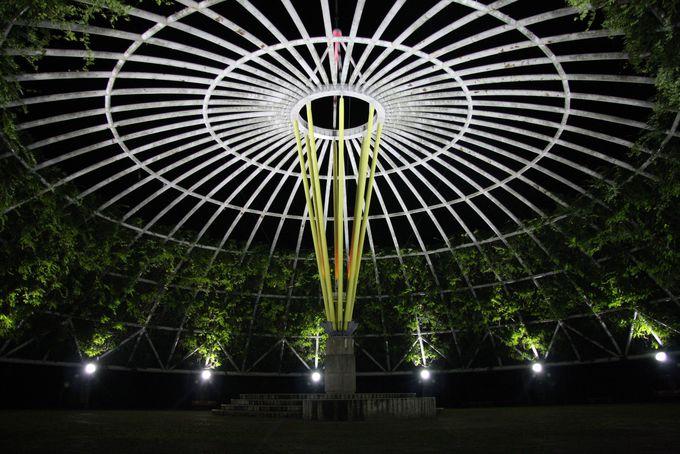日本最大級の直径45mの藤棚!ドーム型バーゴラ