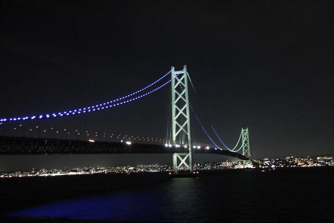 部屋から眺める明石海峡大橋の絶景!