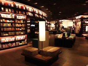 これぞ次世代書店!大阪・梅田蔦屋書店で旅の合間に出張の帰りに3Rを補充!