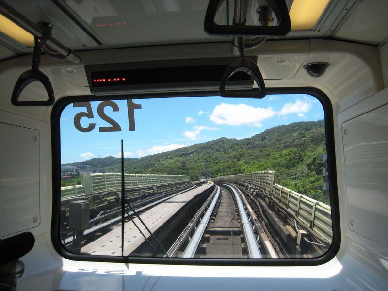 遊園地の乗り物気分で台北市内を無料観光!台北MRT文湖線