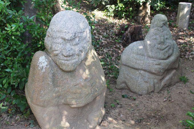吉備姫王墓(猿石)