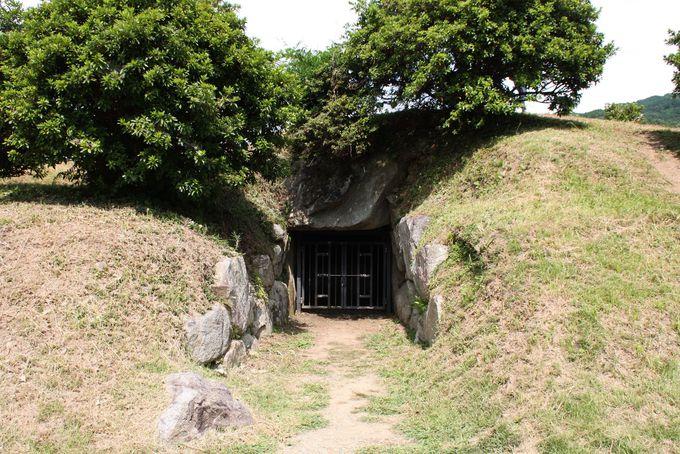 日本のピラミッド?!特殊な構造の都塚古墳