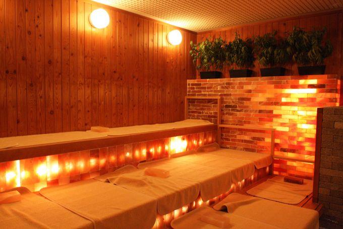岩塩浴岩浴という新しい温浴施設