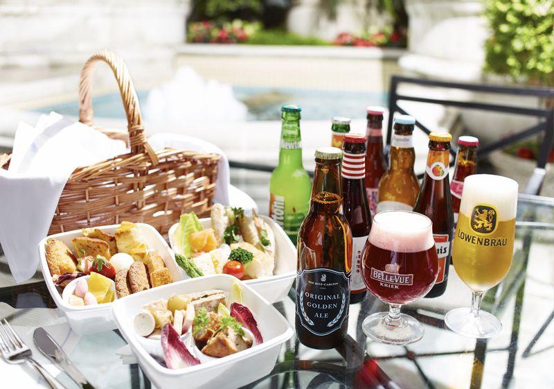 都会の真ん中でビアピクニック!ザ・リッツ・カールトン大阪のオープンテラスでビアガーデン満喫!
