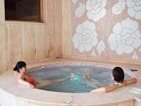ミネラル豊富な温泉で極上SPAステイ!Spa Club Central・ヒサリャ