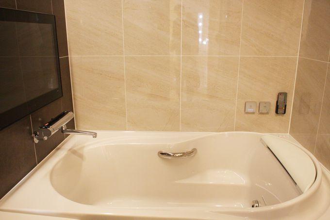 全室洗い場付バスルームに独立トイレ!