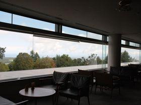 絶景カフェに緑あふれる露天風呂!津軽富士・岩木山の麓にたたずむロックウッド・ホテル&スパ