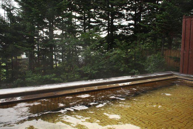 森林浴もできる露天風呂
