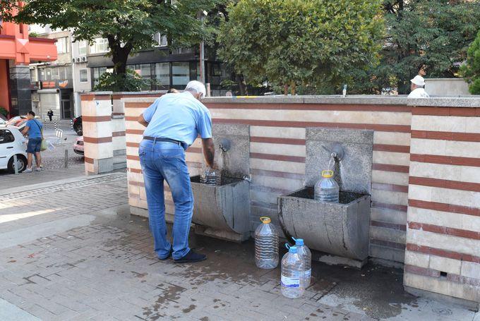 首都ソフィアでも温泉水がいたるところに!