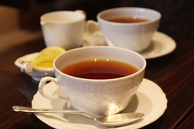 セットのコーヒー・紅茶は飲み放題!