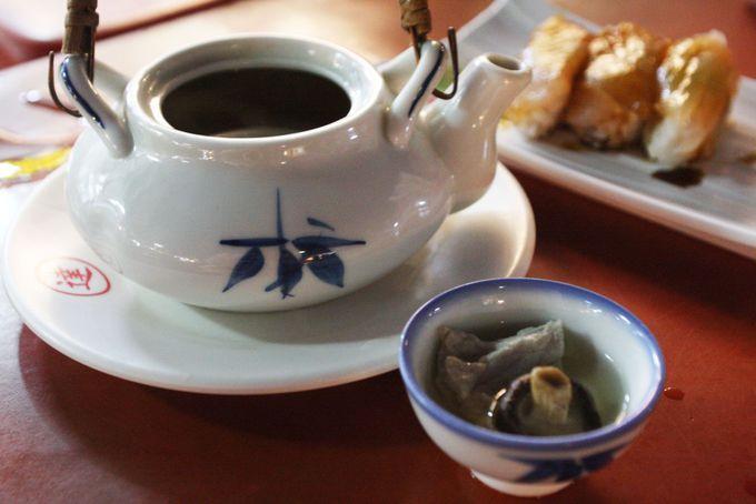 台湾人が絶賛の茶壺湯は生魚握寿司とセットで!