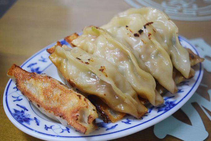 おすすめは小籠包、焼き餃子、麺類