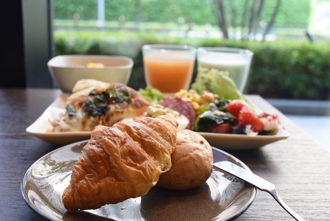 自然の中で味わう大阪を感じる朝食