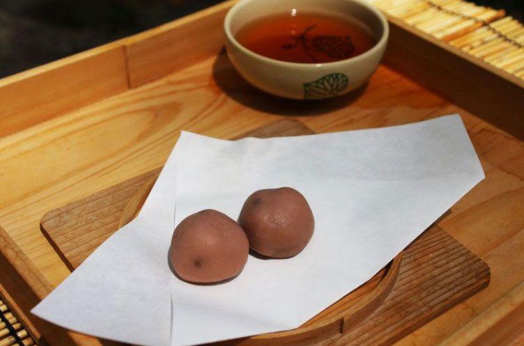 140年ぶりに復活した申餅(さるもち)を食す!