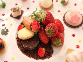 生いちご食べ放題&コース仕立てのアシェットデセール!ホテルグランヴィア大阪