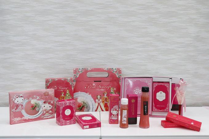 かわいい華鰰鮨にはピンク醤油やピンクわさびがぴったり!