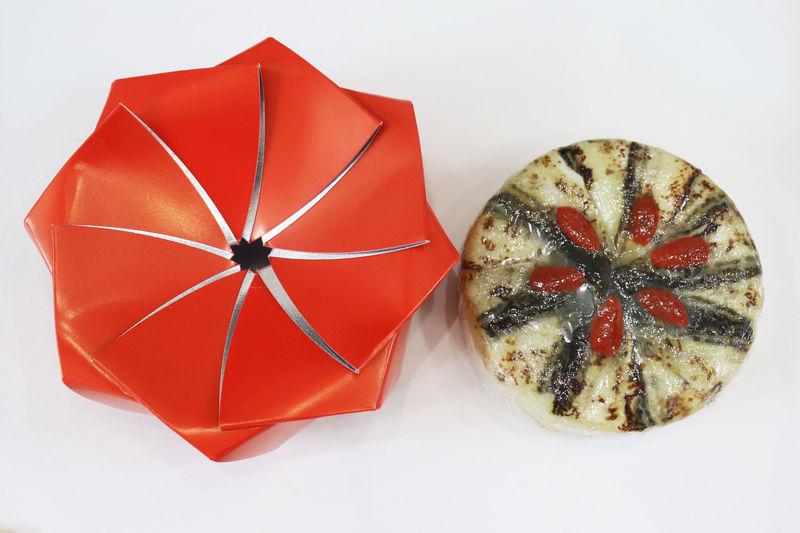 鳥取で手作りハタハタ寿司をお土産に!ピンク醤油とワサビで彩りアップ!