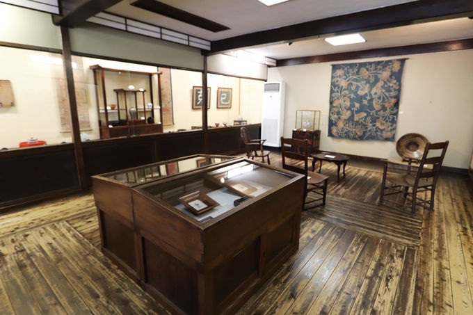 国の登録有形文化財の建物にも注目!鳥取民藝美術館