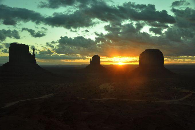 朝日が地平線から昇る!
