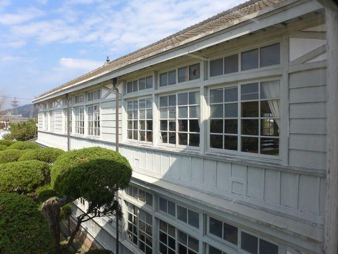 現存する手造りの窓ガラス