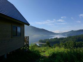 6,500円で貸切る天空のバンガロー!群馬県野反湖キャンプ場は2,000m級の山々に囲まれた絶景地
