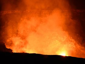 ハワイ島・キラウエア火山観光1泊2日モデルコース