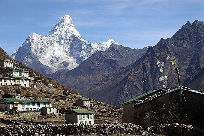 山岳の民シェルパ族の里クムジュン村
