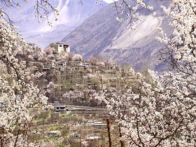 カラコルムハイウェイを疾走!風の谷の桃源郷パキスタン北部の秘境フンザへ