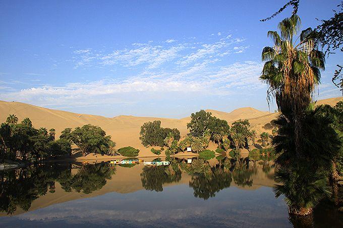 砂漠の中のリゾート地ワカチナ・オアシス