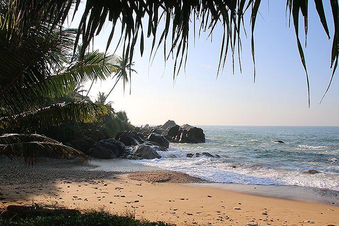 ホテルの目の前は海岸