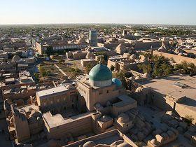 城壁が囲む砂漠の都!ウズベキスタンの世界遺産イチャン・カラ