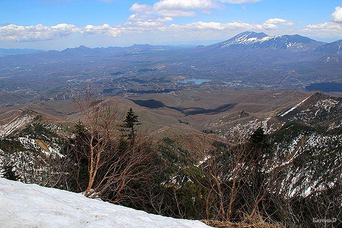 360度の眺望が広がる山頂