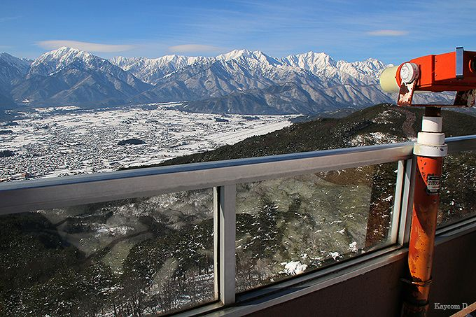 展望台から北アルプスの絶景を見る