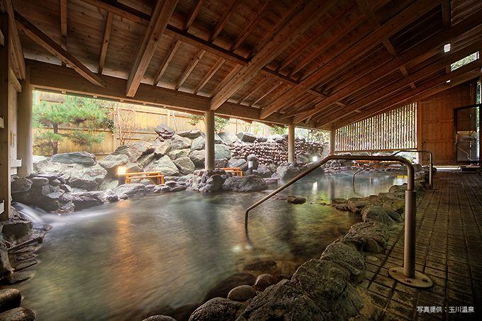 入った途端にとろみがわかる日本有数のアルカリ泉