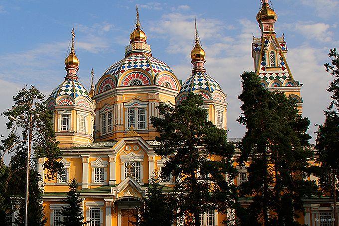 世界第二位の高さを誇る木造建築の「ゼンコフ正教会」