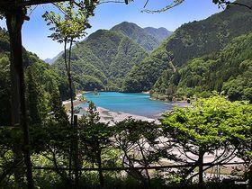 秘境の地「奈良田集落」女帝も愛した山梨の秘湯と南アルプスの大自然