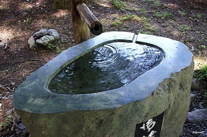 「御符水」が湧く奈良法王神社