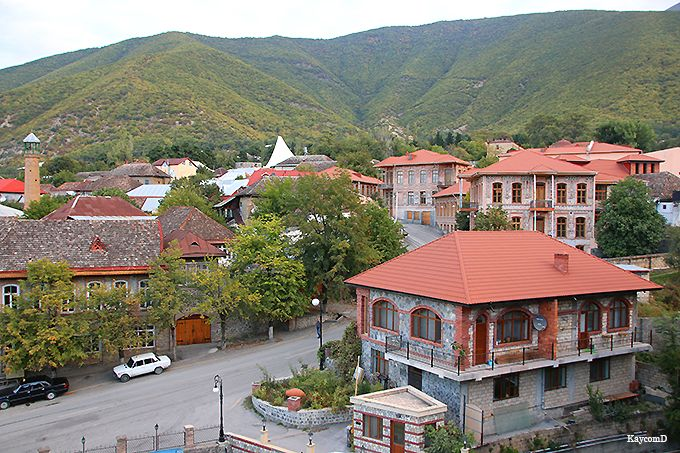 赤レンガが可愛いシェキ!アゼルバイジャンで人気の古都を歩こう