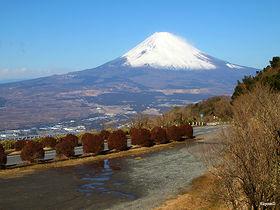 箱根観光は車で行こう!1泊2日のドライブデートコースはこれで決まり
